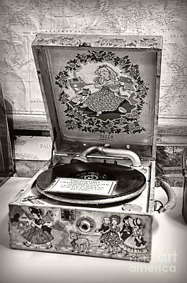 Photograph - Antique Decca Gramophone By Kaye Menner by Kaye Menner