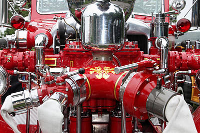 Photograph - Antique Fire Engine by Bob Slitzan