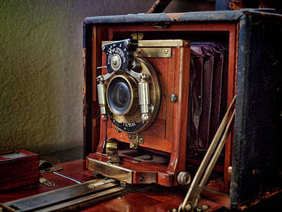 Digital Art - Antique Folding Camera by Gary De Capua