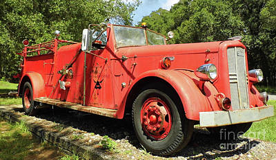 Photograph - Antique Lafrance Fire Engine by D Hackett