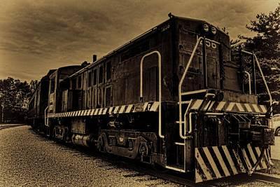 Photograph - Antique Locomotive 1256 by Dale Kauzlaric