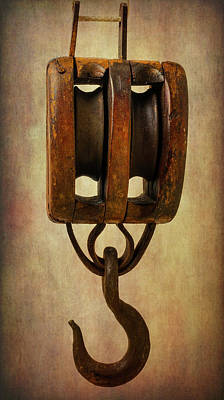 Photograph - Antique Pully by Garry Gay