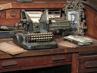 Photograph - Antique Typewriter by Dave Mills