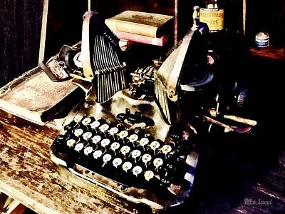 Typewriters Photograph - Antique Typewriter Oliver #9 by Susan Savad