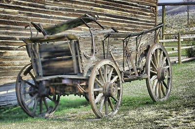 Photograph - Antique Wagon by Keith Lovejoy