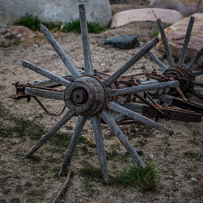 Antique Wagons Photograph - Antique Wagon Wheel by Paul Freidlund