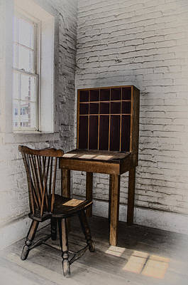 Mchenry Photograph - Antique Wooden Desk by Bill Cannon