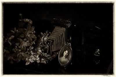 Photograph - Antiques by Travis Burgess