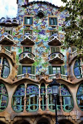 Antoni Gaudi Wall Art - Photograph - Antoni Gaudi's Casa Batllo Barcelona Spain  by Chuck Kuhn