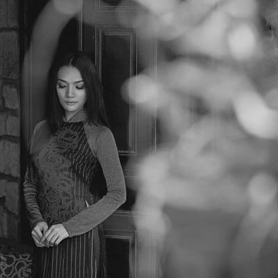 Photograph - Ao Dai In Da Lat by Tran Minh Quan