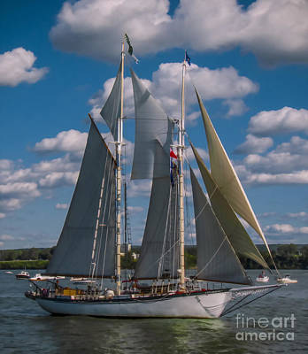 Digital Art - Appledore Iv 4 by Kathryn Strick