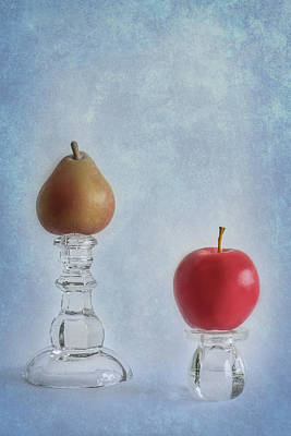 Photograph - Apples To Pears by Elvira Pinkhas