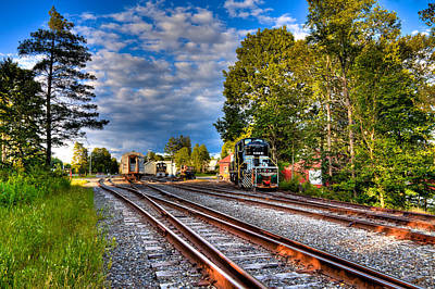 Photograph - Approaching The Thendara Station by David Patterson