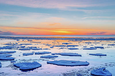 Photograph - April Sunset Over Lake Superior by Gary McCormick