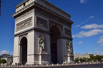 Photograph - Arc De Triomphe by Puzzles Shum