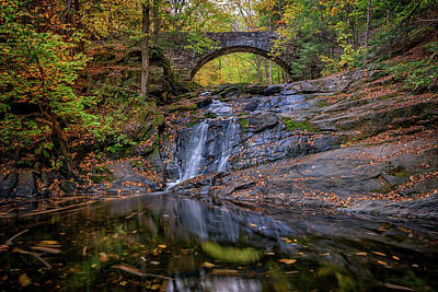 Arch Bridge In Autumn Art Print