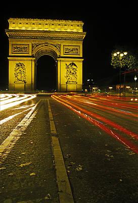 Photograph - Arche De Triumph by Doug Davidson