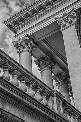 Wall Art - Photograph - Architecture At The Rotunda by Cliff Middlebrook