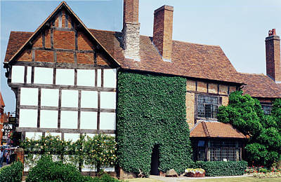 Photograph - Architecture In Stratford England by Carl Purcell