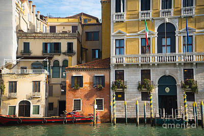 Photograph - Architecture Of Venice - Italy by Jeffrey Worthington