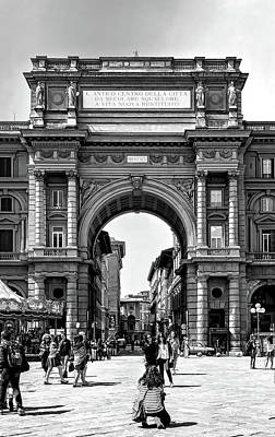Photograph - Arcone Triumpal Arch by Maria Coulson