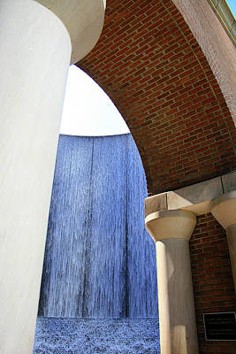 Photograph - Arcs And Tangents Houston Water Wall by Angela Rath
