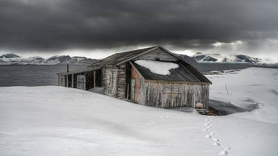 Photograph - Arctic Shed by James Billings