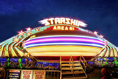 Photograph - Area 51 Gravitron by Mark Andrew Thomas
