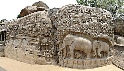 Photograph - Arjunas Penance - Mahabalipuram by Richard Reeve