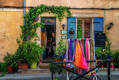 Photograph - Arles L'heureux Francas Shopper_dsc5578_16  by Greg Kluempers