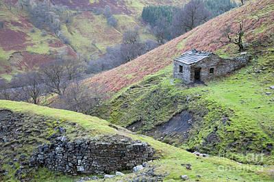 Photograph - Arn Gill Miner's Hut by Gavin Dronfield