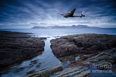 Airplane Photograph - Arran Shackleton by Smart Aviation