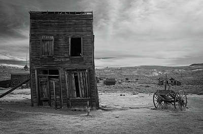 Photograph - Arrested Decay by Ralph Vazquez
