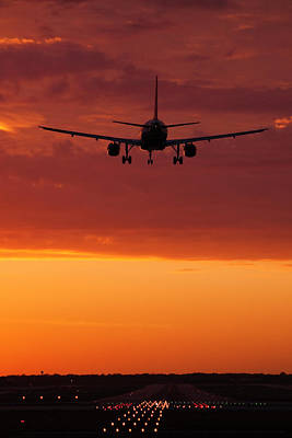 Airliners Photograph - Arriving At Day's End by Andrew Soundarajan