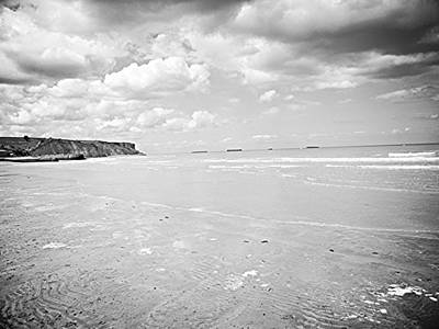 Photograph - Arromanches-les-bain by JLowPhotos