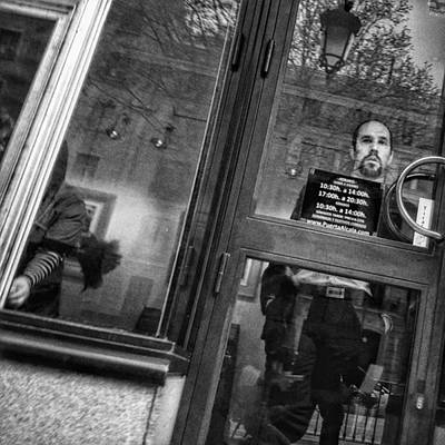Portrait Photograph - Art Gallery #man #portrait #window by Rafa Rivas