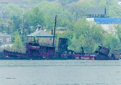 Photograph - Arthur Kill Tugboat Graveyard 3 by Steven Richman