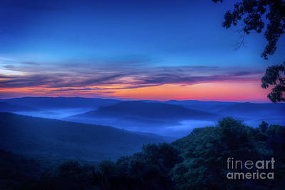 Photograph - Artist Point Sunrise by Larry McMahon