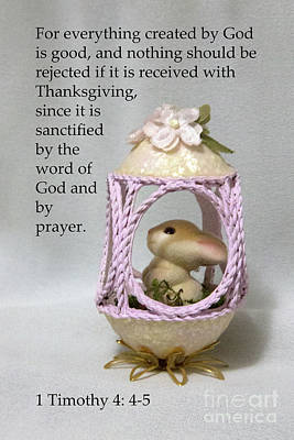 Photograph - Artistic Egg With Scripture by Linda Phelps