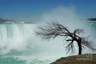 Photograph - As Winter Leaves Niagara 2 by Rachel Cohen