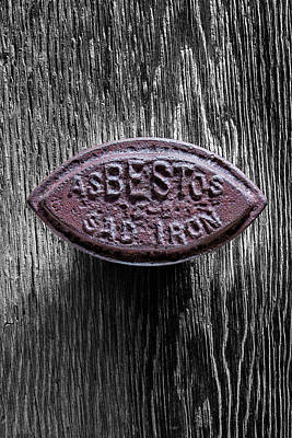 Photograph - Asbestos Sad Iron On Bw Plywood 77 by YoPedro