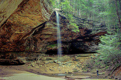 Photograph - Ash Cave - Hocking Hills, Ohio by Jack R Perry