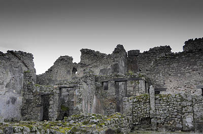 Photograph - Ashen Walls - Pompeii by Debra Martz