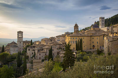 Photograph - Assisi Evening by Brian Jannsen