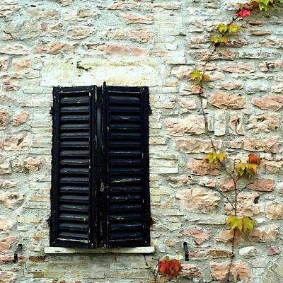 Photograph - Assisi Window Autumn by Paul Kimmerling