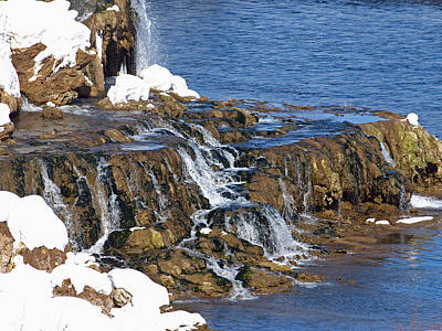 Photograph - At The Bottom Of The Falls by DeeLon Merritt