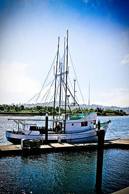 At The Dock - Oregon Coast Art Print by Diane Mintle