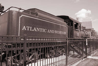Photograph - Atlantic And Western Vintage Train by Roberta Byram