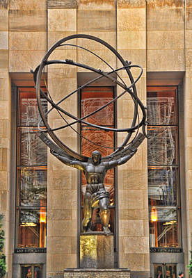 Rockefeller Plaza Photograph - Atlas Bronze Statue At Rockefeller Center by Dan Sproul