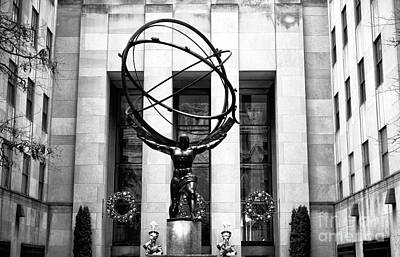 Photograph - Atlas On 5th Avenue by John Rizzuto